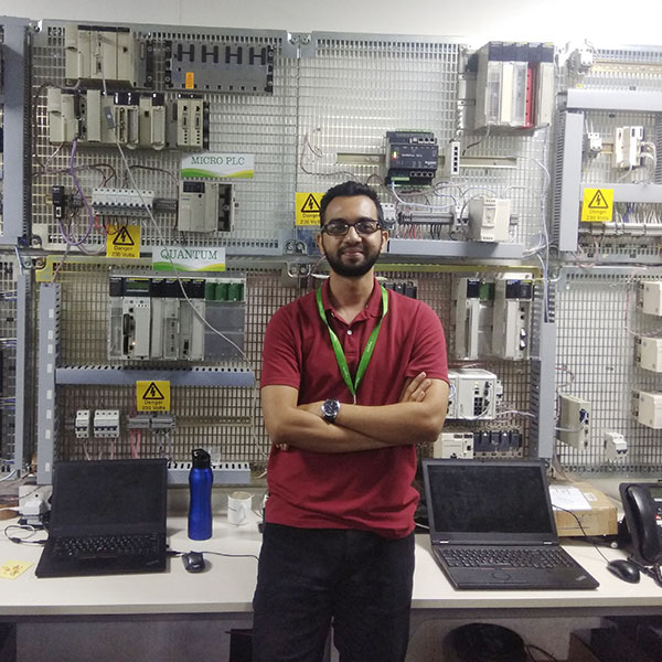 Vatsal Prakash, ME'20, MS in engineering management, in the Level 2 Technical Support lab while on co-op at Schneider Electric in India.